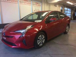 2016 Toyota Prius Deluxe Tech (Cuir, Toit, Cruise Radar, GPS)