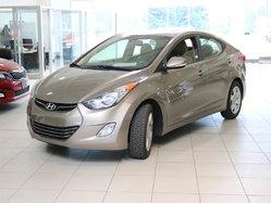 Hyundai Elantra LTD RCAM NAV  2011