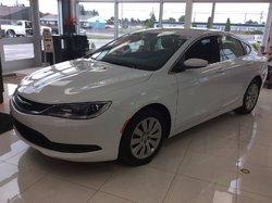 Chrysler 200 LX **VÉHICULE NEUF**  2016