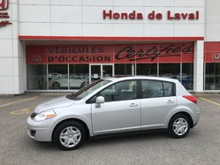 Nissan Versa TOIT OUVRANT  2012