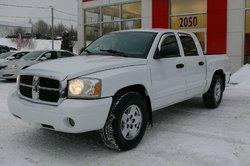Dodge Dakota Laramie  2005