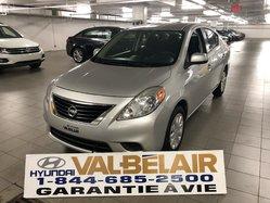 Nissan Versa SV AUTO + AIR  2012