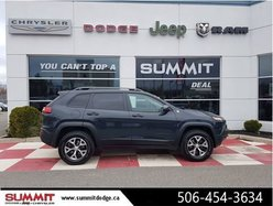 2018 Jeep Cherokee TRAILHAWK LEATHER!