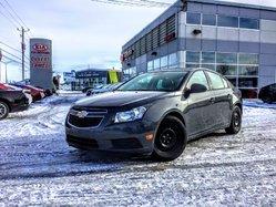 2013 Chevrolet Cruze LS AUTOMATIQUE,Climatiseur,Vitres électriques **
