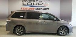 Toyota Sienna SE  2015