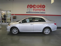 Toyota Corolla LE  2010