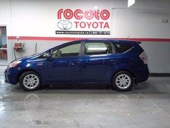 Toyota Prius v * HYBRIDE * DEMARRAGE SANS CLEF *  2013