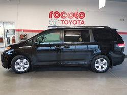 Toyota Sienna CE  2014