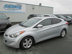 Hyundai Elantra GLS TOIT OUVRANT ET MAGS + QU'UN GL  2013