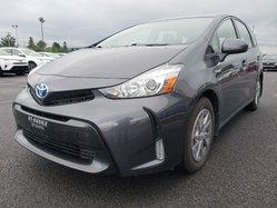 Toyota Prius v CUIR BANC CHAUFFANT CAMÉRA DE RECUL NAVIGATION BLUETHOOT ÉCRAN DE BORD  2015