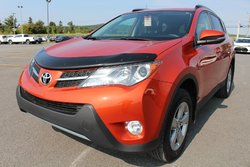 Toyota RAV4 XLE FWD TOIT MAGS BLUETOOTH SIÈGES CHAUFFANTS CAMERA RECUL  2015