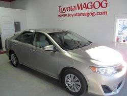 Toyota Camry LE ( WOW 30352 KM)  2014