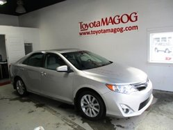 Toyota Camry XLE, CUIR, TOIT, MAGS,  2014