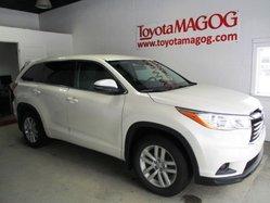 Toyota Highlander LE, AWD,  2014