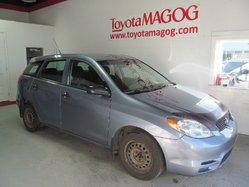 Toyota Matrix A/C ET MAG EN SURPLUS  2004