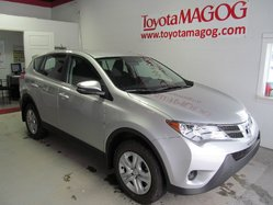 Toyota RAV4 LE seulement 81$/semaine  2015