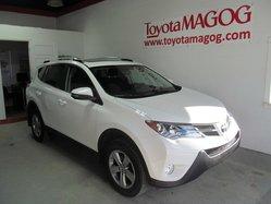 Toyota RAV4 XLE FWD  2015