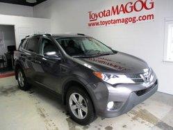 Toyota RAV4 ***XLE, TOIT, MAGS,  2015