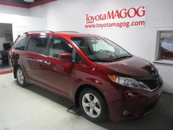 Toyota Sienna LE  2013