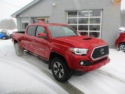 Toyota Tacoma ****SR5, TOIT, NAV  2018