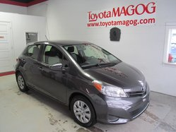 Toyota Yaris **LE (SEULEMENT 34658 KM)  2012