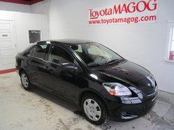 Toyota Yaris BERLINE (47$/SEM)  2012