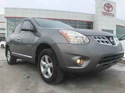 Nissan Rogue S PREMIEUM  2013