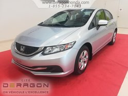 2015 Honda Civic Sedan LX + BAS KILOMETRAGE + AUCUN ACCIDENT RAPPORTE