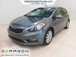 Kia Forte 5-Door LX+AIR CLIMATISE+BLUETOOTH+REGULATEUR DE VITESSE  2015