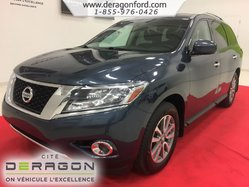 Nissan Pathfinder SV AWD CAMERA BLUETOOTH SIEGES CHAUFFANTS  2016