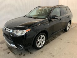 Mitsubishi Outlander SE Touring V6 AWD Toit Ouvrant 7 Passagers MAGS  2015