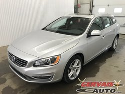 Volvo V60 T5 Premier Plus AWD Cuir Toit Ouvrant Caméra Mags  2015