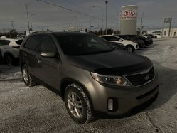 Kia SORENTO LX 07 PLACES   2015