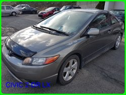 Honda Civic 2-dr LX  2006
