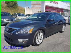 Nissan ALTIMA 2.5 MAG GPS TOIT OUVRANT CAMERA RECUL SIEGES CHAFFANT  2014