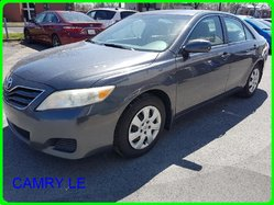 Toyota Camry LE LE BAS MILLAGE  2011