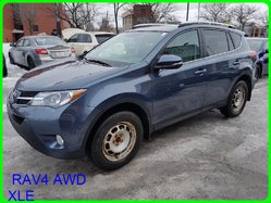 Toyota RAV4 AWD XLE TOIT MAGS CAMERA SIEGES CHAUFFANTS  2013