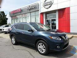 Nissan Rogue SV AWD 4X4 TOIT PANO ROOF  2015