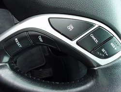Hyundai Elantra LIMITED NAVI TOIT CUIR ÉQUIPEMENT COMPLET  2012