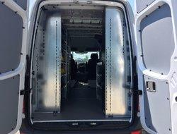 Mercedes-Benz Sprinter cargo vans 144 PO TOIT HAUT, 4 X 4  2016