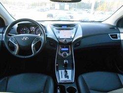 Hyundai Elantra Limited, cuir, toit ouvrant...