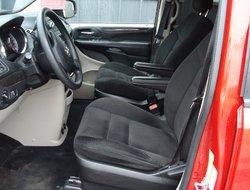 2014 Dodge Grand Caravan SE ONLY 82k