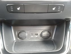 Kia Sorento LX V6