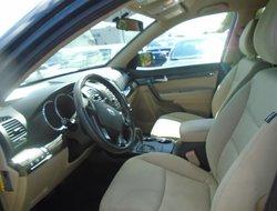 Kia Sorento LX AWD  2011