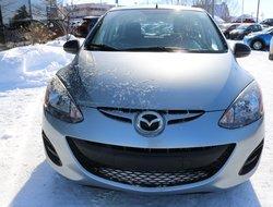 Mazda Mazda2   2011