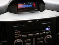 Mitsubishi Endeavor SE AWD  2011