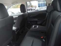 Mitsubishi Outlander ES 4WD  2014