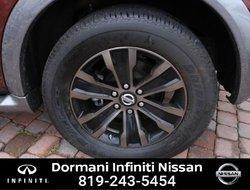 Nissan Armada PLATINUM EDITION AWD  2017