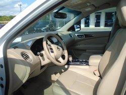 Nissan Pathfinder SL 4WD RCAM  2014
