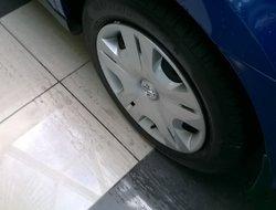 Nissan Versa H.B.  2010